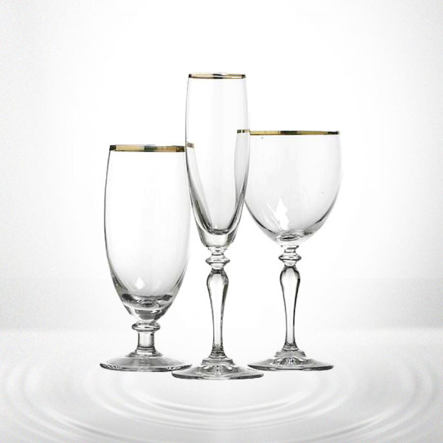 Red Wine Glass With Gold Rim